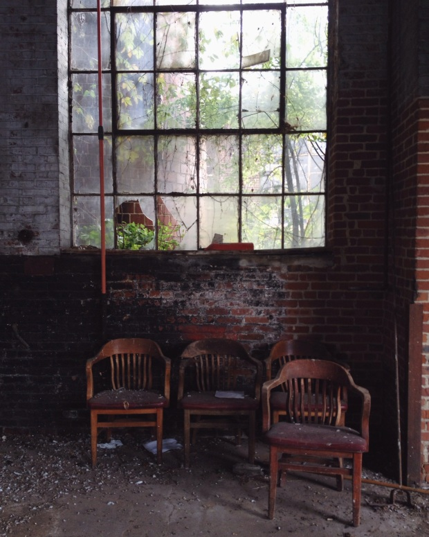 Silence and Chaos, Abandon, Brokenness, Beauty, Tennessee, Christian Bloggers, Christianity,, Life, God, Photography, Moody photography